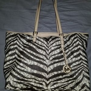 Mk large jet set purse